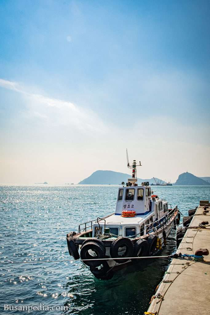 A boat docking at Oryukdo Dock, Busan, South Korea